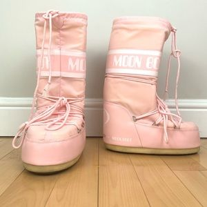Pink Tecnica Retro Moon Boots Size 11